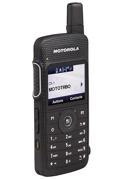 Motorola SL4000e compact handportable radio